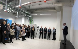 Hans Müller Pedersen, Director General of the Danish Agency for Science and Higher Education, says a few words at the launch of the server room at ESS Data Management and Software Centre situated in Copenhagen. Credit ESS